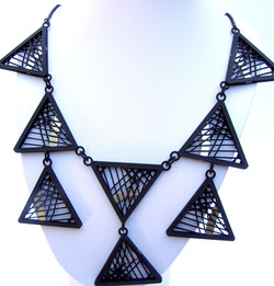 TriangleCOLLgd2.jpg