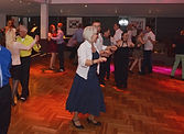 Tänzer auf der Samstags-Tanzparty