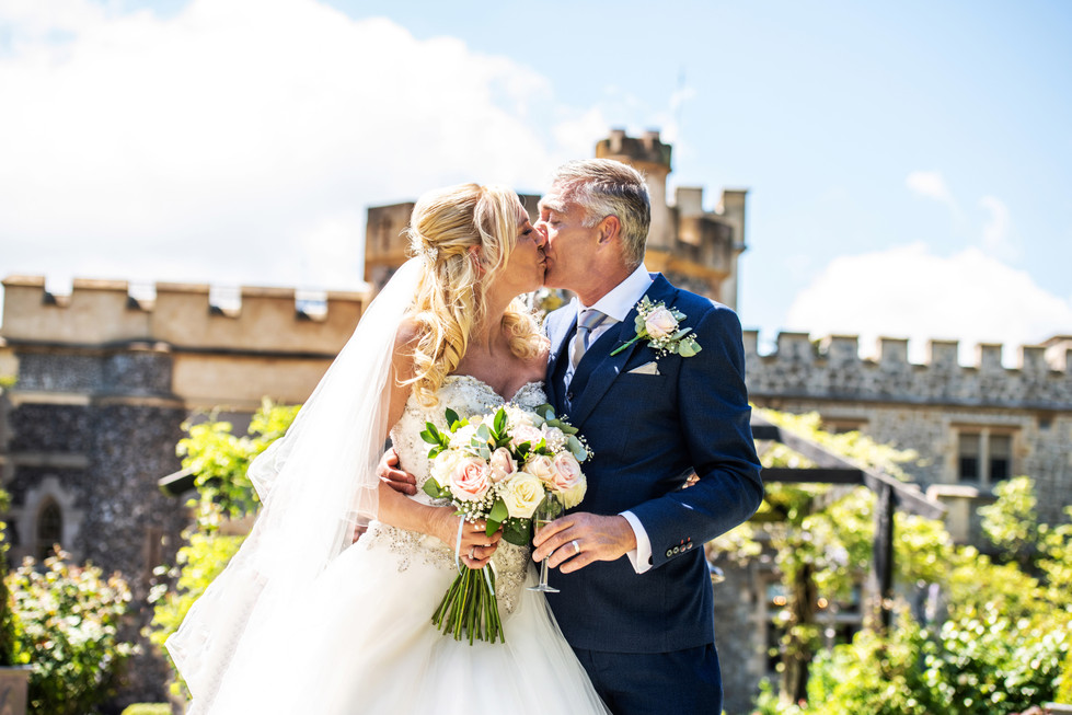 Donna & Lee - Whitstable Castle