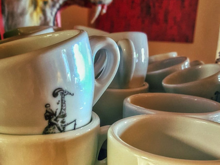 Nachmittag im MiLL ab 15 Uhr Coffee- and Teatime & süßes von der Marktkonditorei Hüftgold ;-)