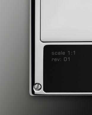details_SteelBlack_scale.jpg