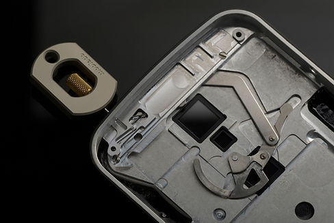Details the Grand Touch Executive SIM card mechanism.
