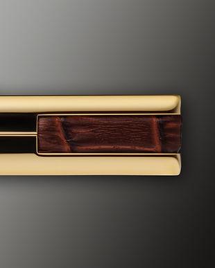 details_GoldBrown_leather.jpg