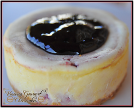 Vinovios Gourmet Cheesecakes Boysenberry Kiss Cheesecake