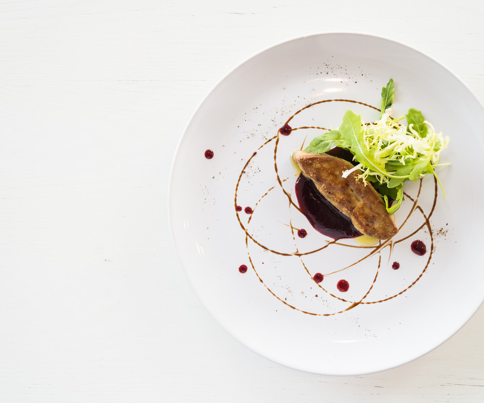 Grilled foie gras with sweet sauce in wh