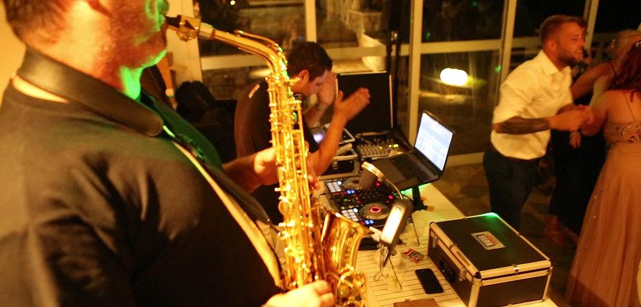 Live DJ & Sax