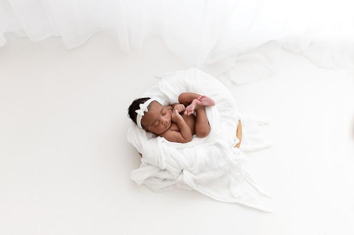 newborn-photographer-near-me-peterborough-cambridgeshire