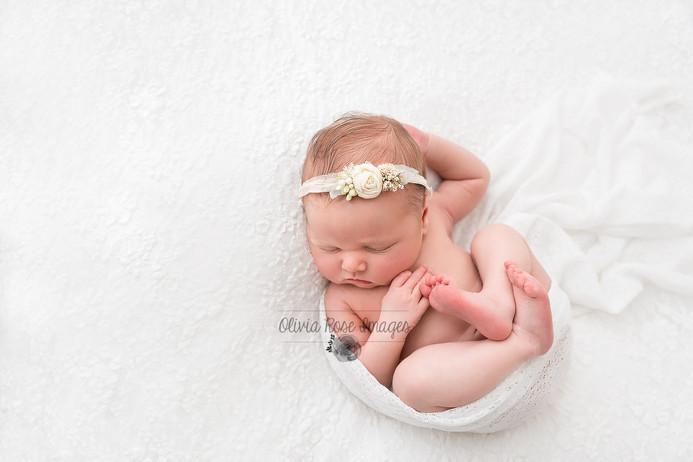 newborn-photographer-peterborough