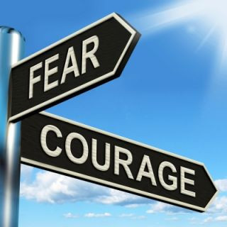 Two arrows Fear & Courage