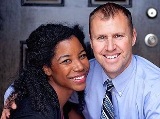 Claude & Denise Castro - Video Syndicati