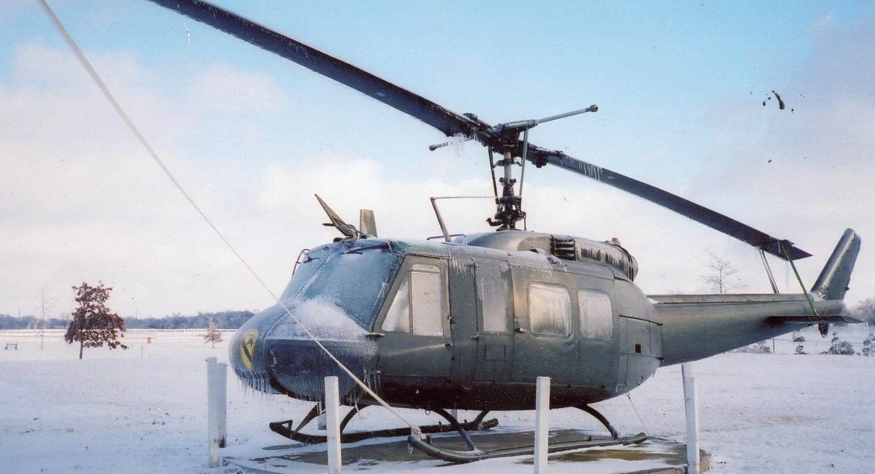 US-UH-1H Huey Helicopter.jpg