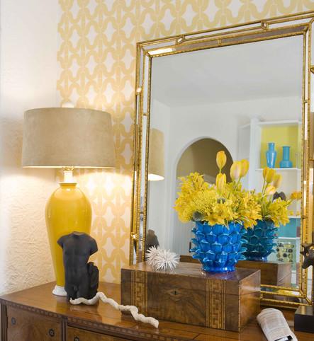 Carousel in yellow