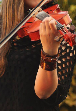 Ciara Brennan - fiddle - BOGHA.jpg