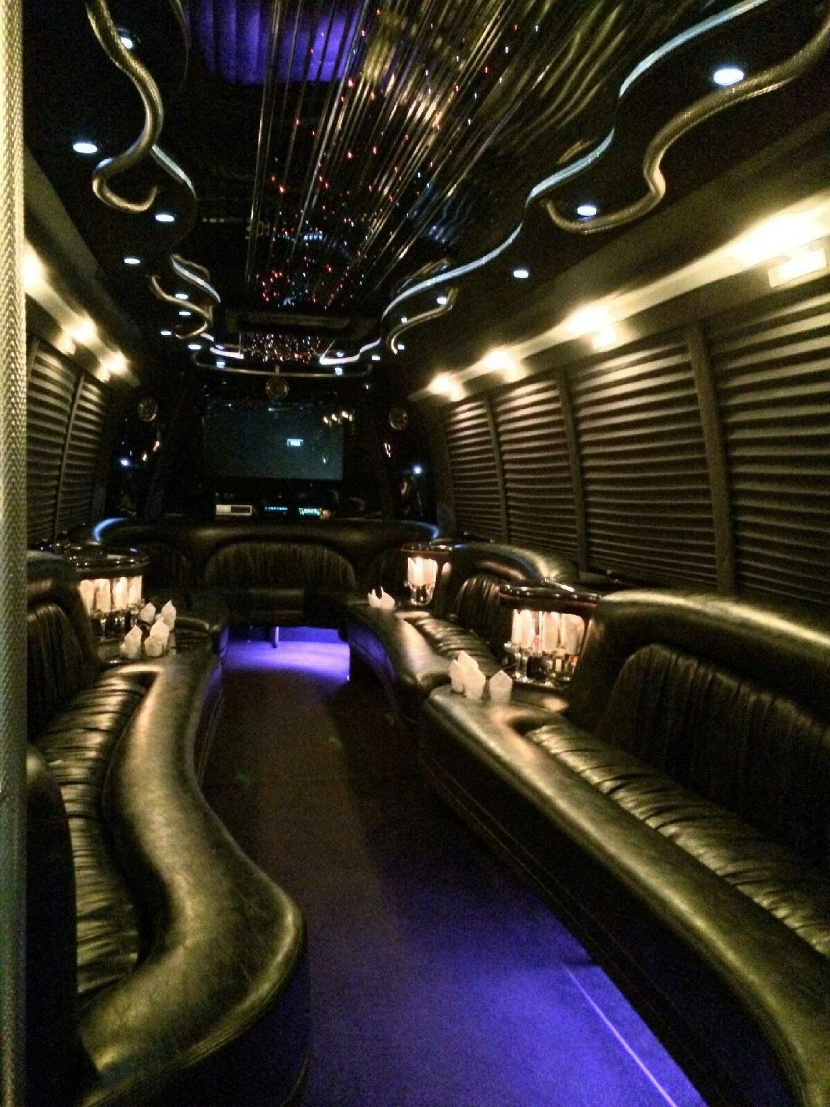 Limousine Buses