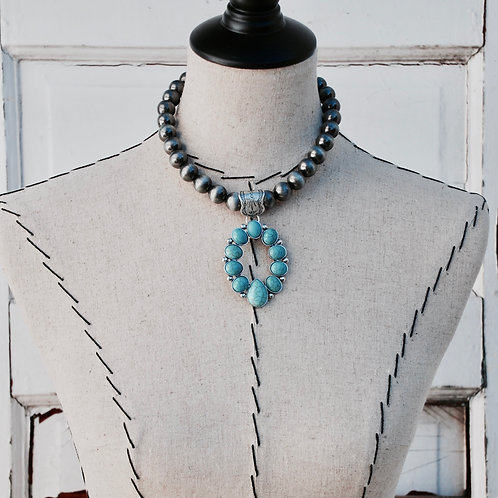 Western Navajo Pearl StyleTurquoise Colored Choker