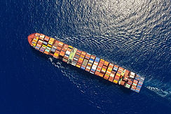 Ships_Container_ship_From_above_530930_1