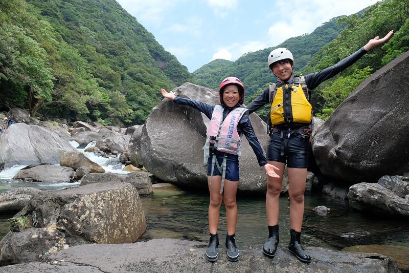 ワクワク・ドキドキ水とたわむれる屋久島沢登りツアー