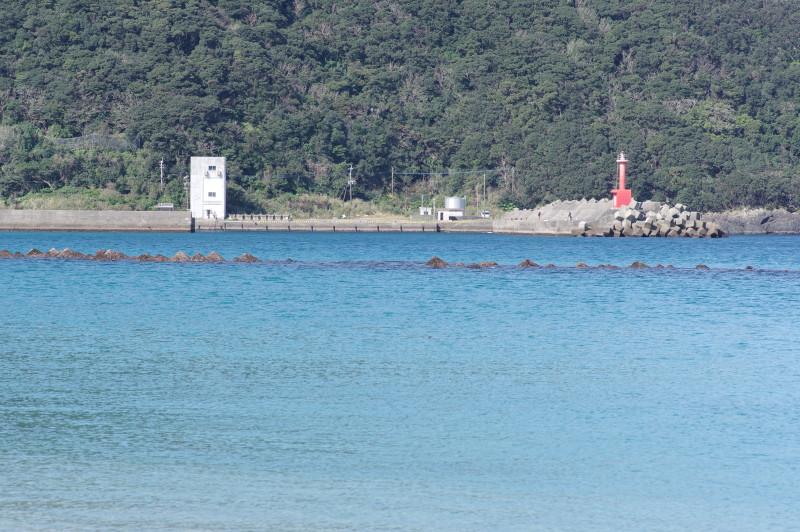 屋久島一湊赤い灯台