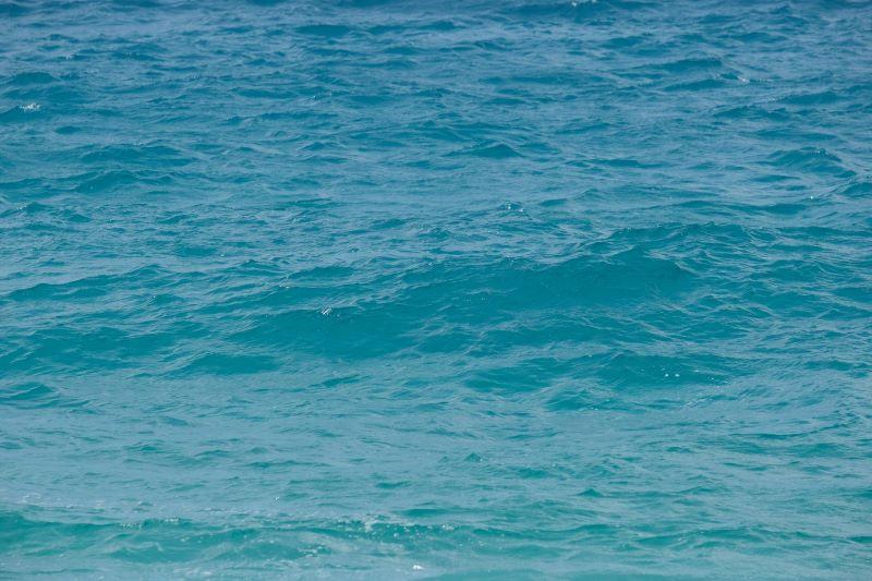 屋久島いなか浜の海の色