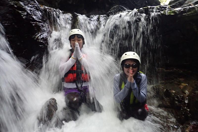 屋久島沢登り川遊びガイドツアー