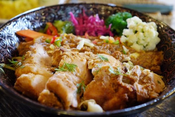 屋久島おすすめ食事キーマ&タンドリーチキン