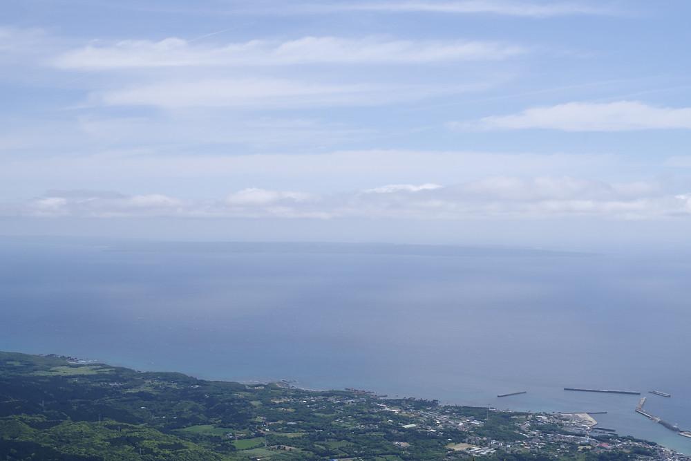 屋久島岳参り前岳山頂からの景色