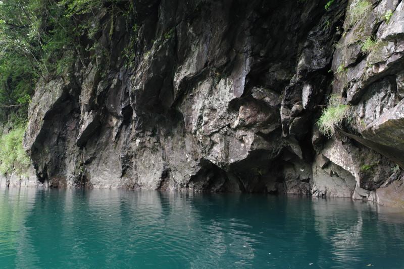 屋久島安房川コバルトブルー