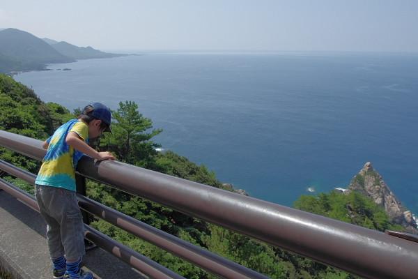屋久島の観光名所立神岩