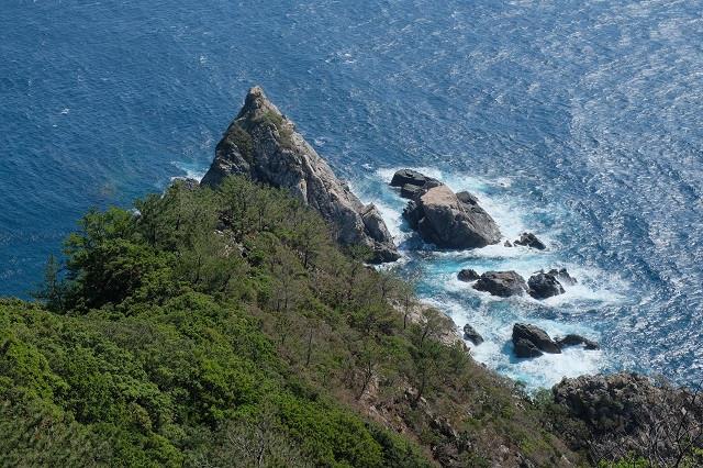 屋久島立神岩
