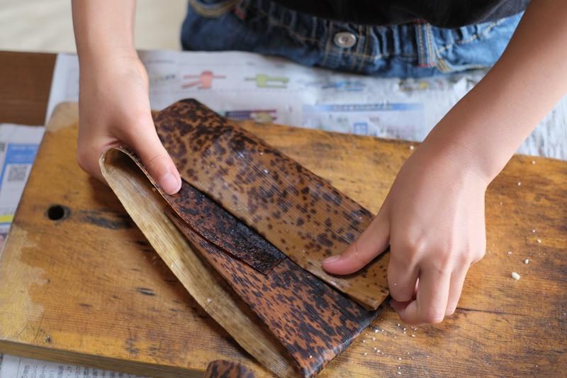 屋久島あくまき作り竹の皮