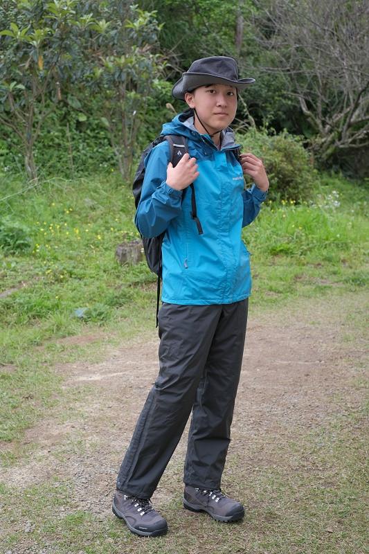 雨の時の屋久島登山スタイル