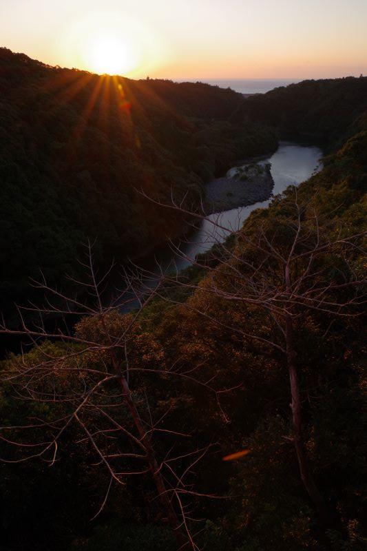 屋久島日の出写真松峯大橋