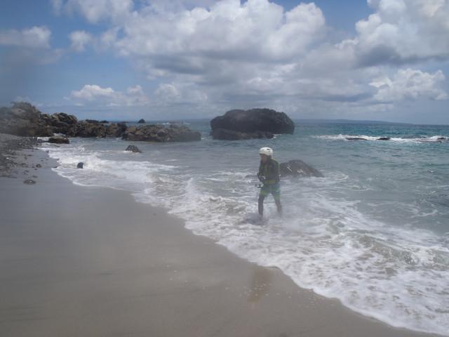 屋久島の海岸線を歩いて