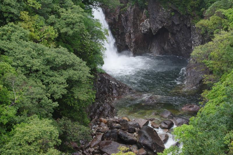 屋久島竜神の滝