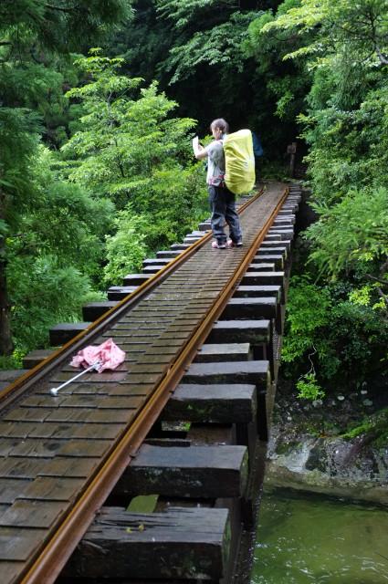 縄文杉コースの鉄橋