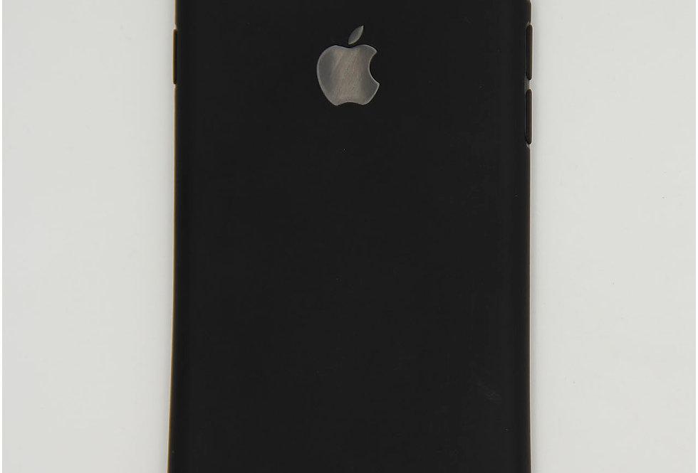 Чехол для iPhone 7/8 черный матовый силикон с вырезом под логотип