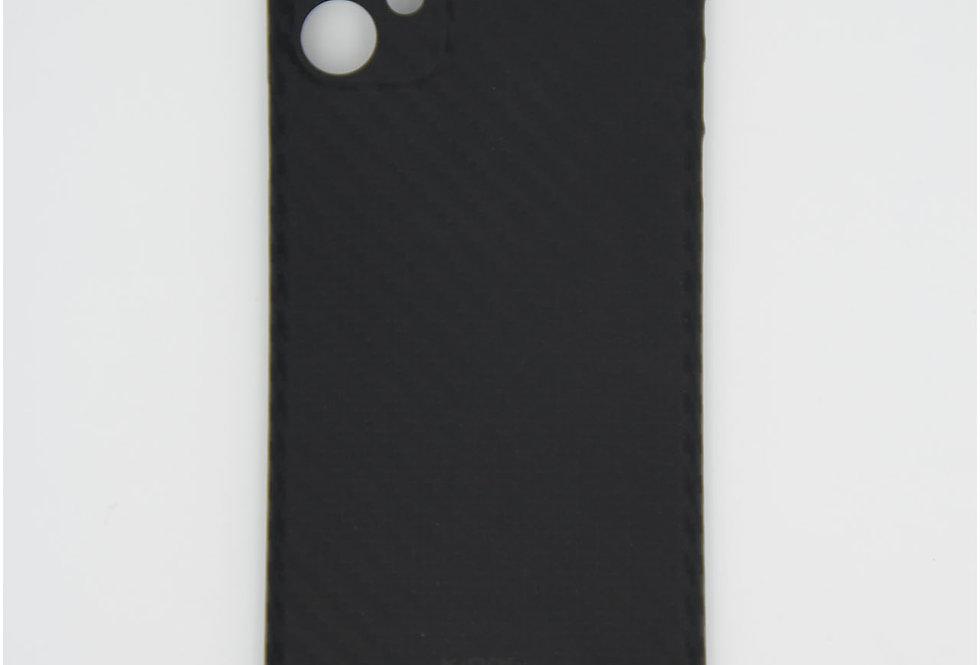 Карбоновый тонкий чехол на iPhone 11 KDOO