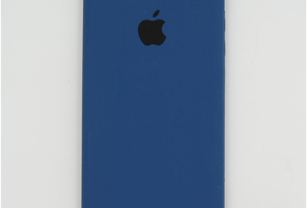 Силиконовый чехол на iPhone SE (Silicone case)