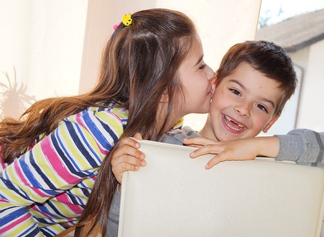 My children won't stop fighting! - 4 Ways to handle sibling rivalry