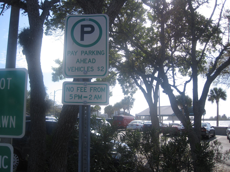 6-Parking.JPG