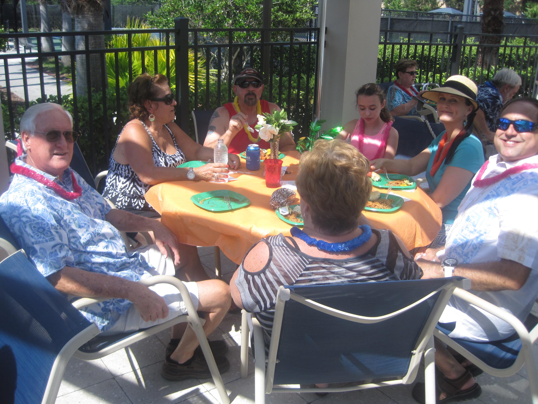 19-Harold, Ginger, Tom, Hannah, Laura C, Arnaldo, Alice (back).JPG