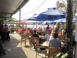 11-Outdoor Dining.JPG