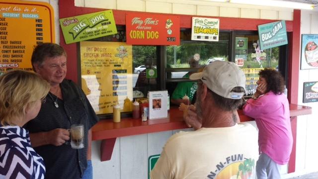 15-Denise, Chuck & Willie ordering.jpeg