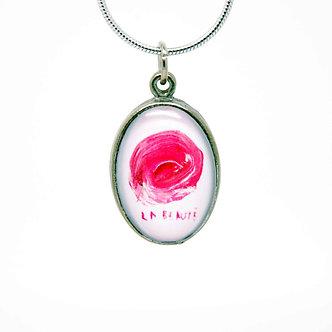 Collier avec pendentif ''La Beauté''