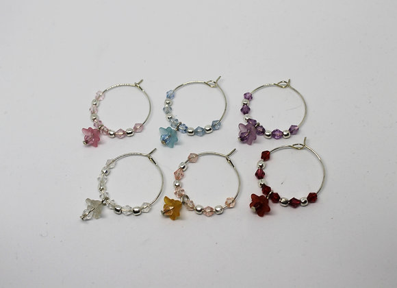 Small lucite flowers wine glass charms