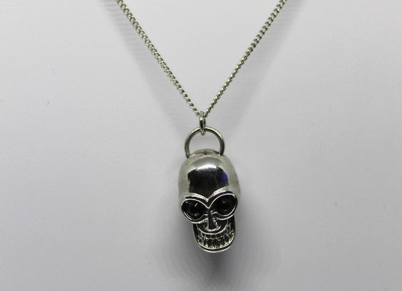 Skull necklace.