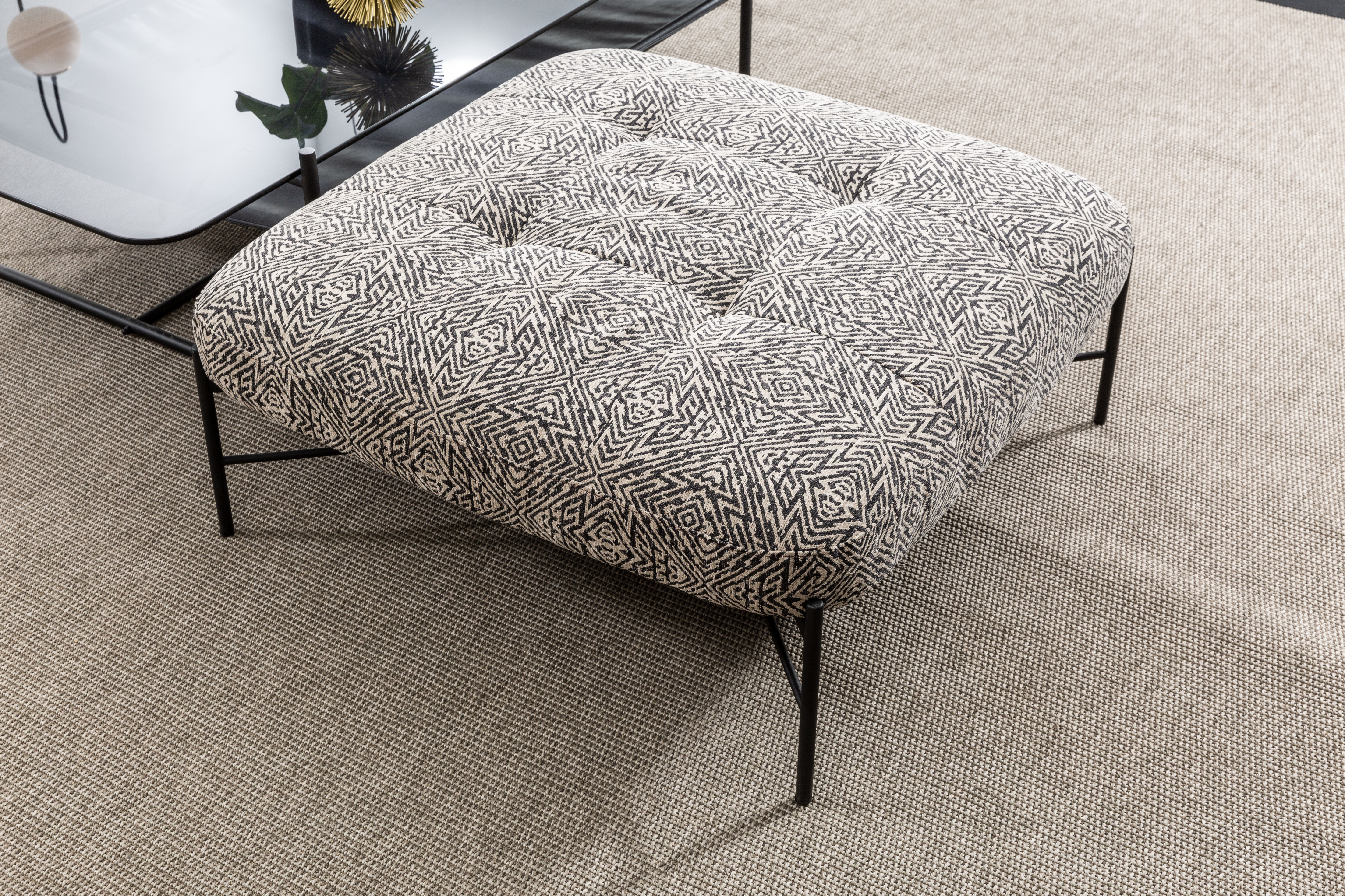 low stools, benches & poufs