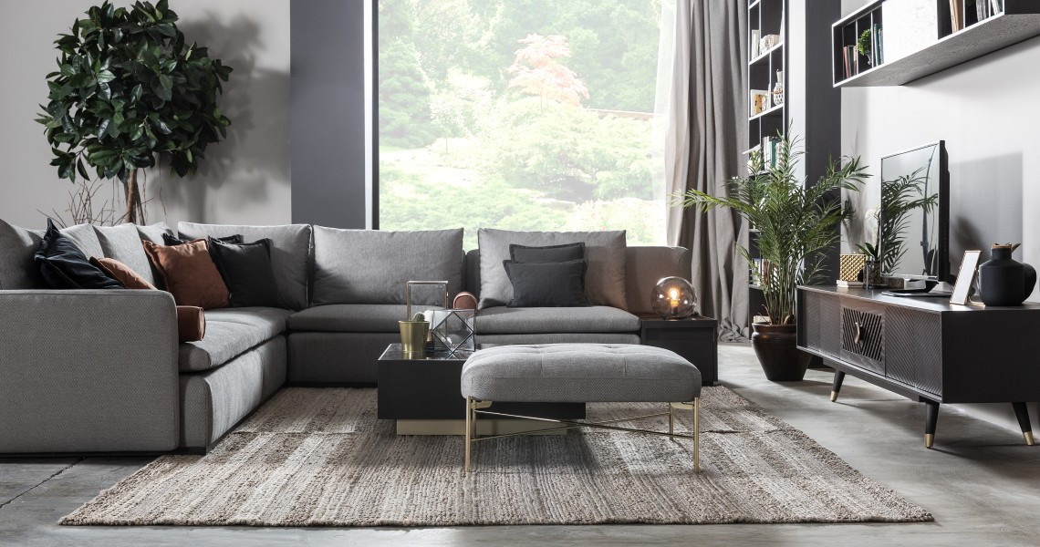 milan return sofa