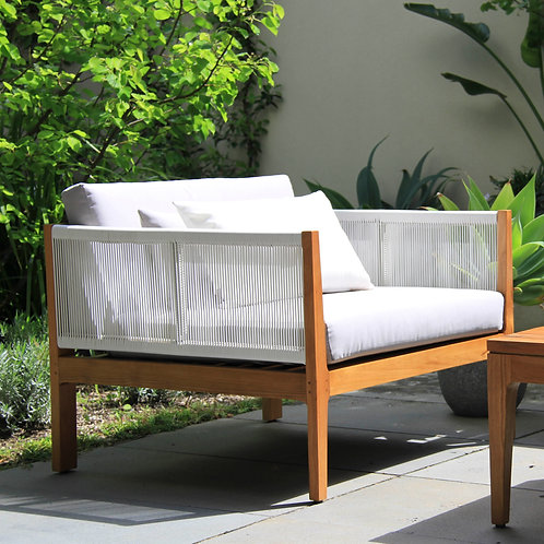 outdoor furniture. outdoor lounge chairs.
