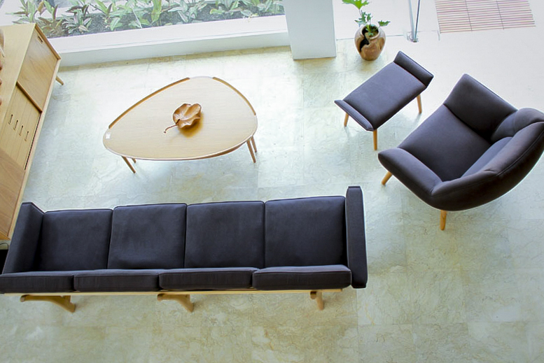 mei sofa and lounge chair